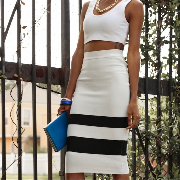 Dresses & Skirts - White Midi/Pencil Skirt